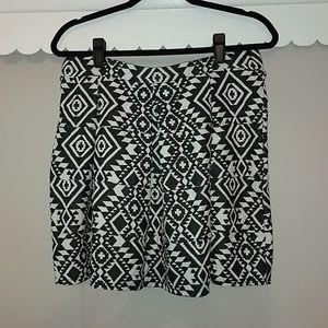 Xhilaration pleated skirt
